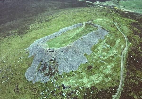 Záhada skotských skleněných pevností