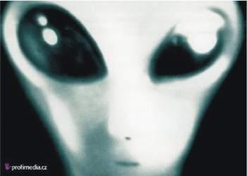 1. Mimozemšťané existují